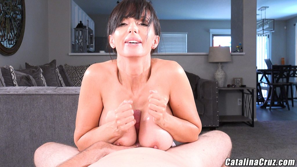 Catalina Cruz oil tit fucking