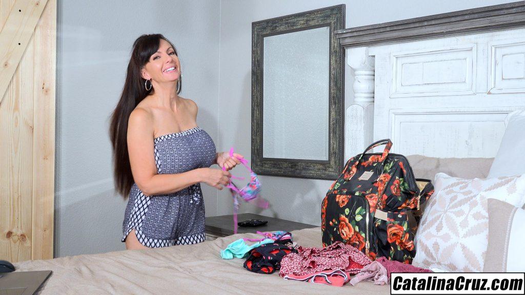 Catalina Cruz packing