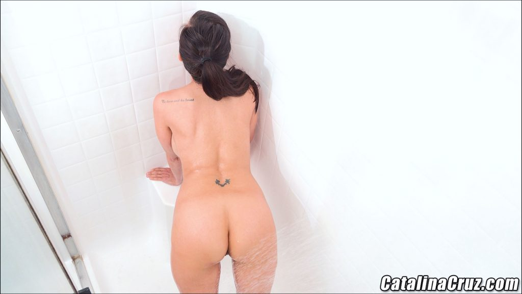 Catalina Cruz wet ass