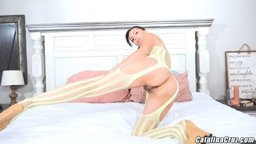 Catalina Cruz thigh highs ass shot