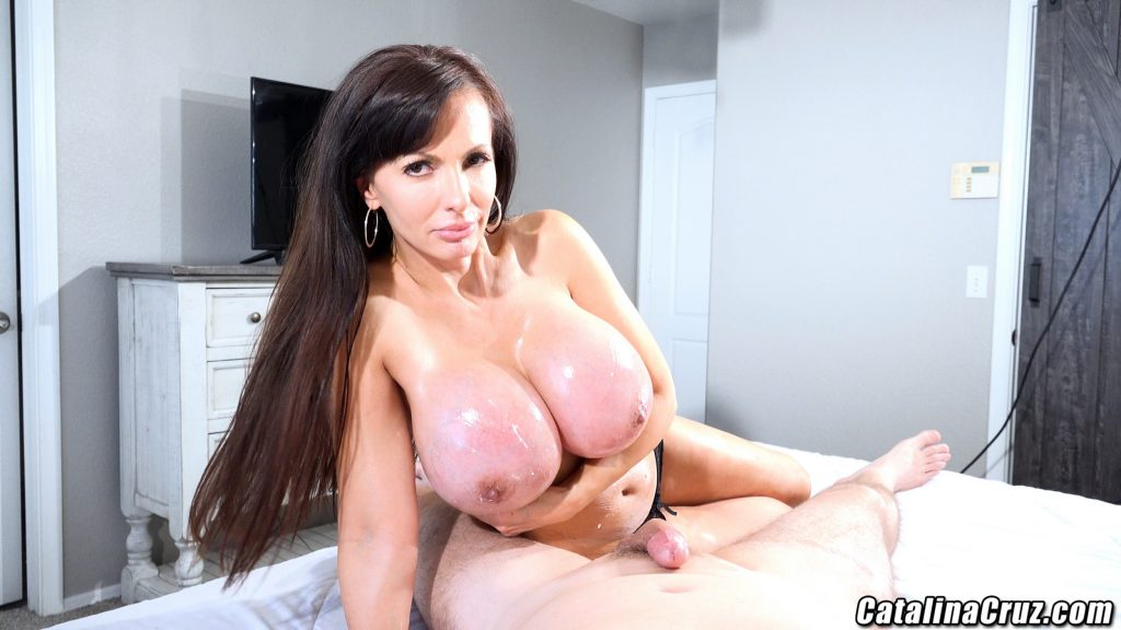 Catalina Cruz oiled big boobs